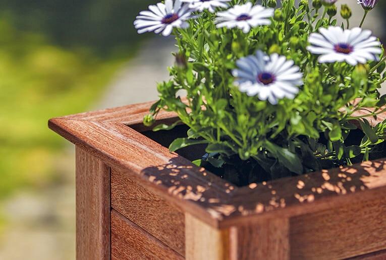 jardineras de madera tropical pequeña
